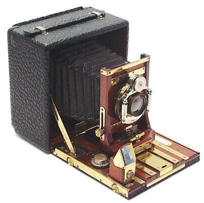 4x5 Century Grand with bear-skin grained leather.